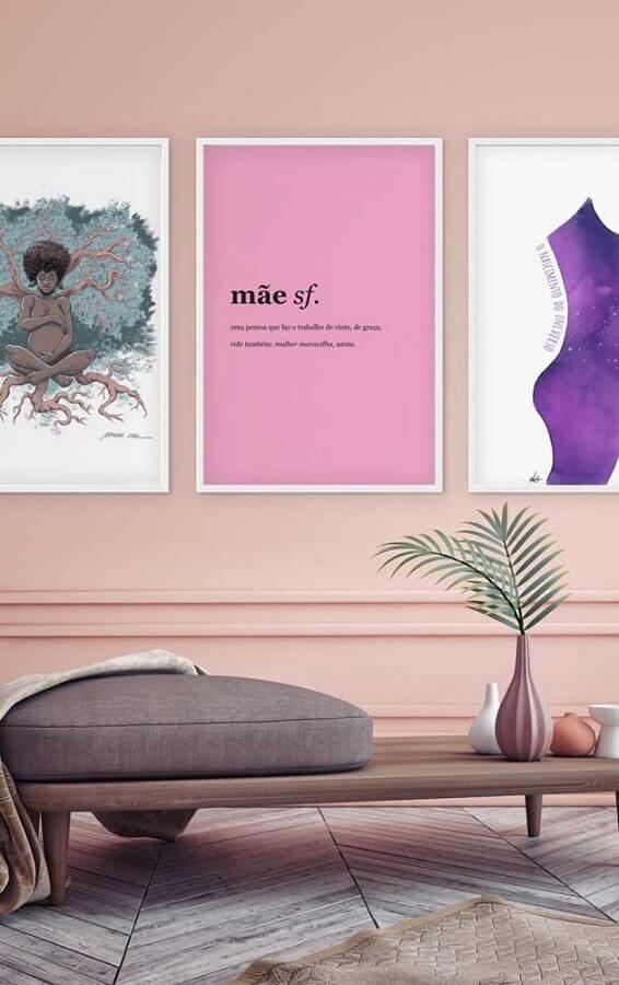 ambiente decorado em tons pastéis com quadros tumblr Foto Pinterest