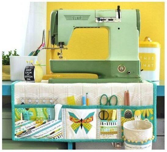 atelier de costura - ateliê com máquina de costura