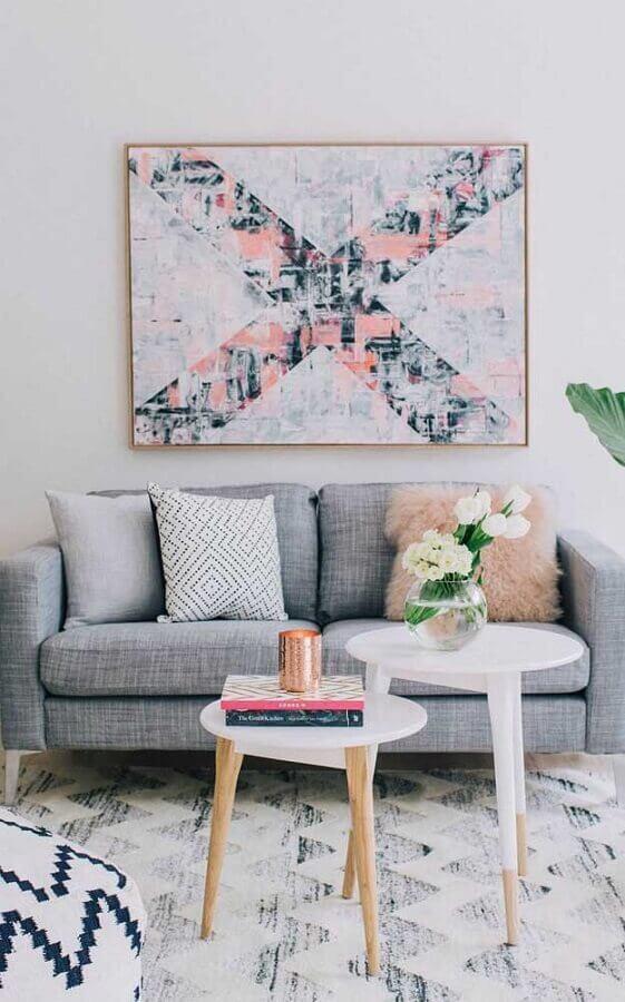 decoração delicada para sala minimalista com quadro tumblr e sofá cinza Foto c