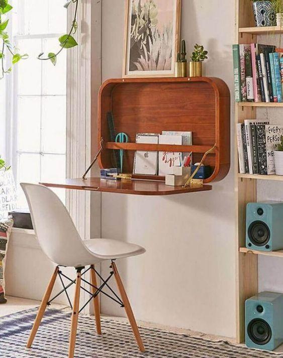 escrivaninha suspensa - escrivaninha marrom de madeira