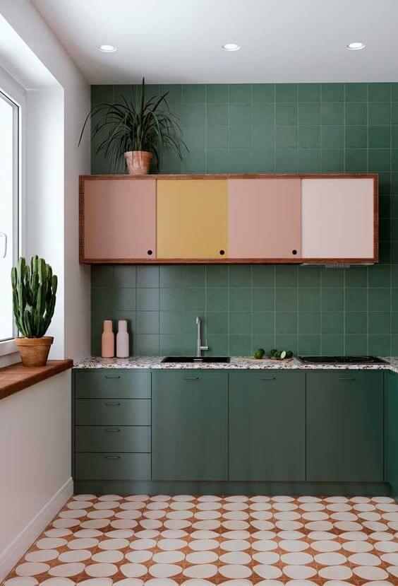 Modelos de cozinha com armários coloridos