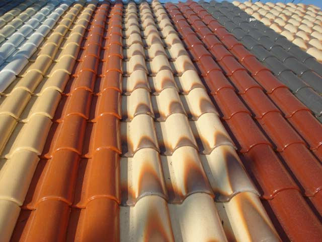 telha portuguesa - telhado com telhas coloridas