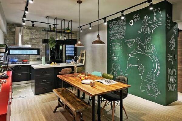 Spot de trilho para iluminação pontual na cozinha