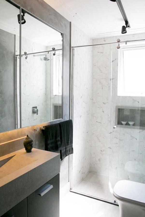 Spot de luz para iluminação pontual na área do banheiro