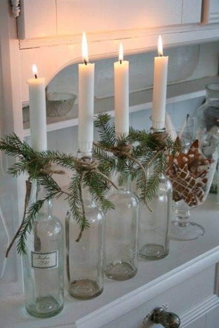 Como fazer enfeites de natal com velas e garrafas transparentes