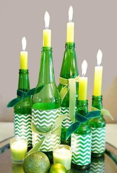 Como fazer enfeites de natal com garrafas de vidro