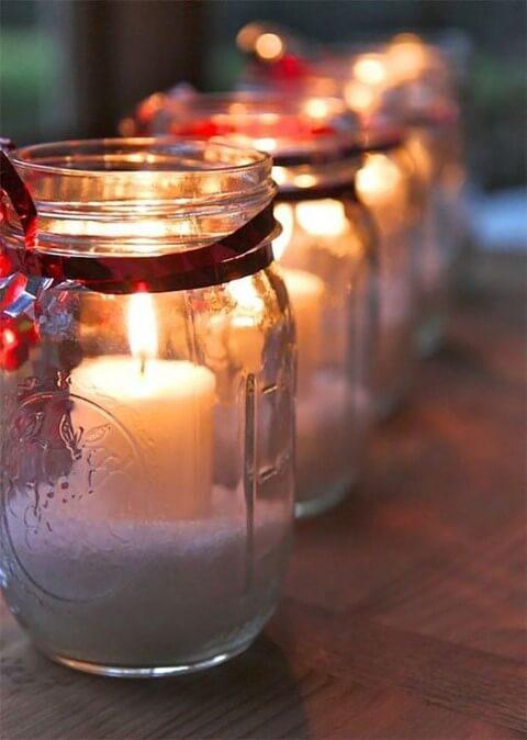 Como fazer enfeites de natal com potes de vidro
