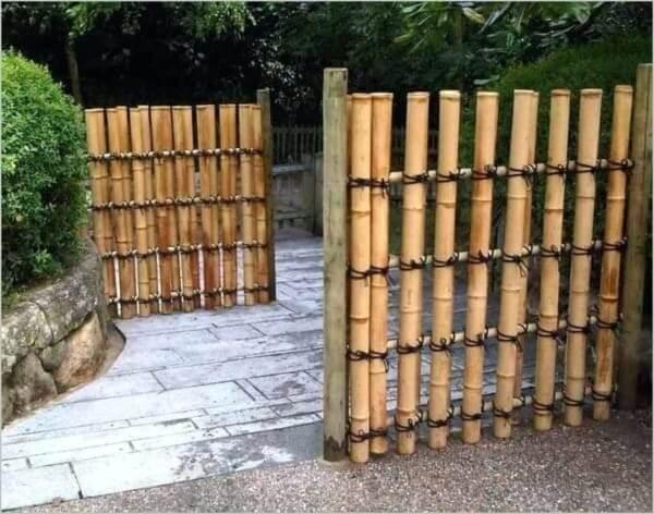 Modelo de cerca de bambu para decorar seu espaço