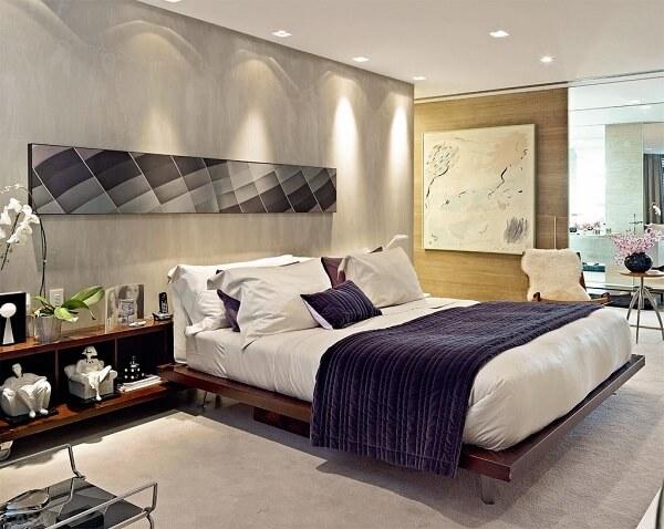 Spot de luz simples para decoração do quarto de casal