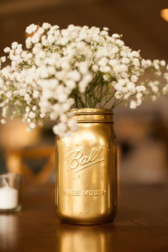 bodas de ouro - centro de mesa com flores