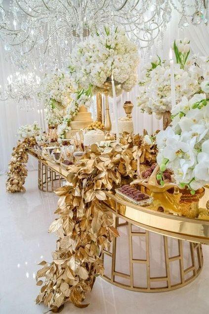 bodas de ouro - decoração chamativa com flores