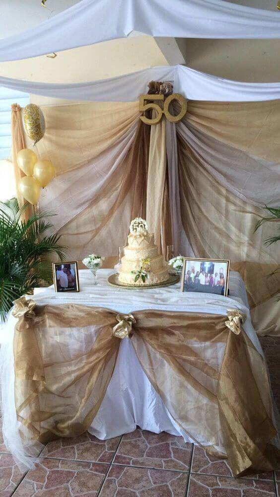 bodas de ouro - mesa de bolo