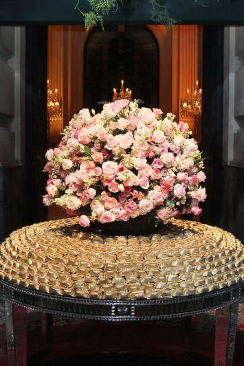 bodas de ouro - mesa de lembrancinhas