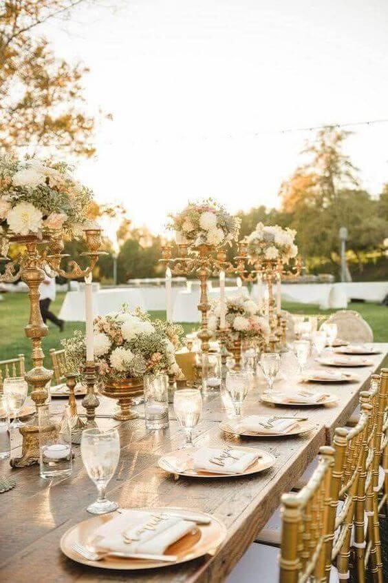 bodas de ouro - mesa dourada para jantar