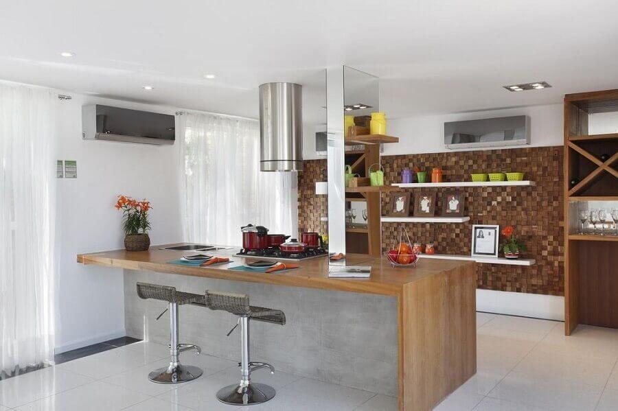 cozinha com bancada de concreto e madeira Foto Decore News Arquitetura