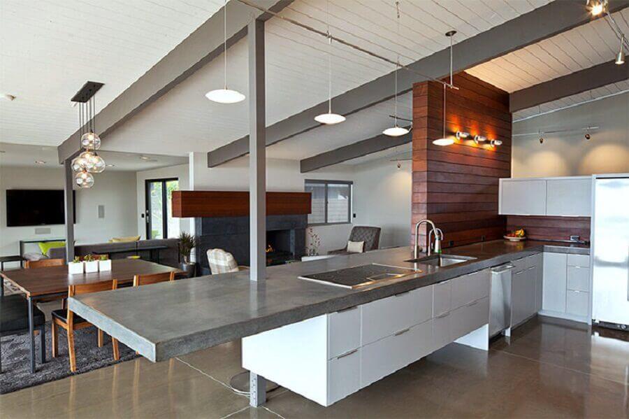 cozinha moderna com bancada de concreto Foto Limaonagua