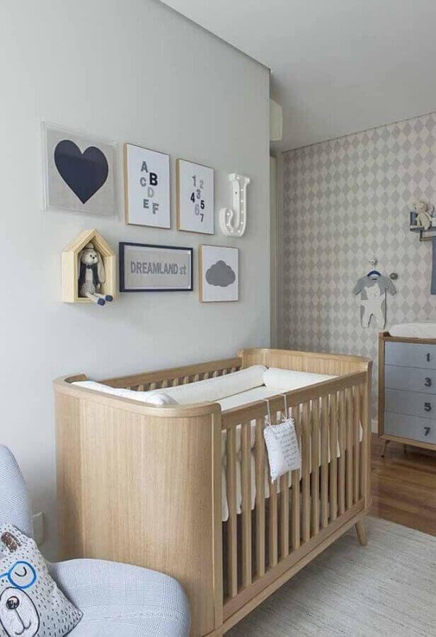 Enfeites para quarto de bebê minimalista