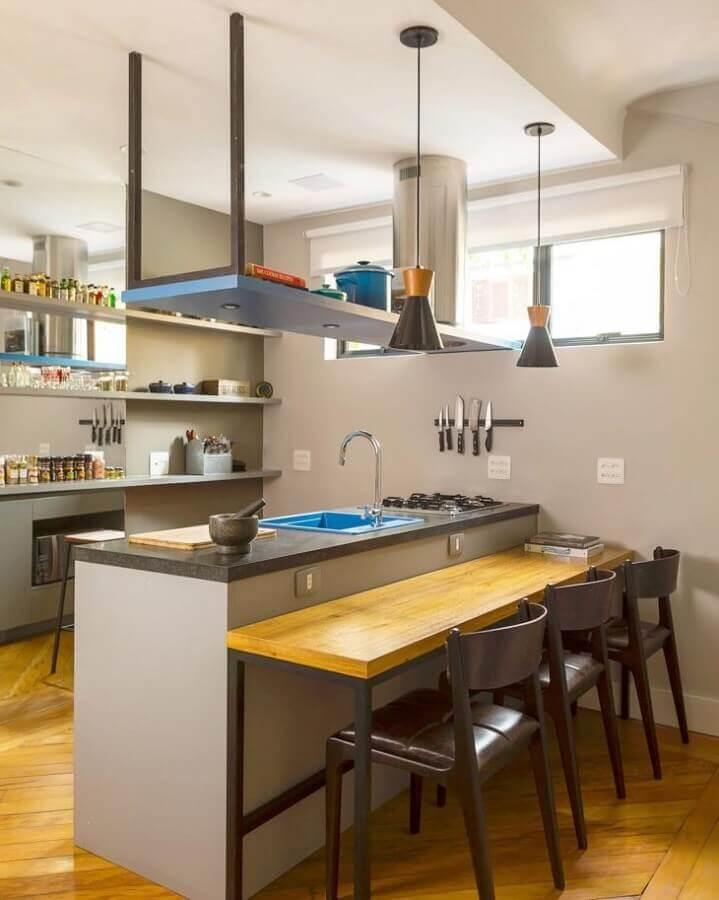 decoração simples para cozinha com bancada com pia e cooktop Foto DT Studio Arquitetura