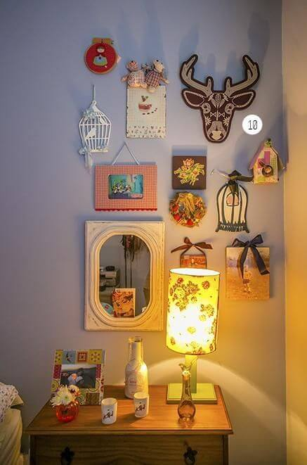Enfeites para quadros decorativos em quarto de casal