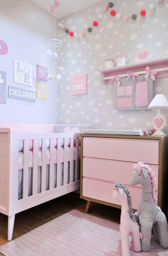 quarto de bebê com enfeites fica ainda mais bonito e delicado