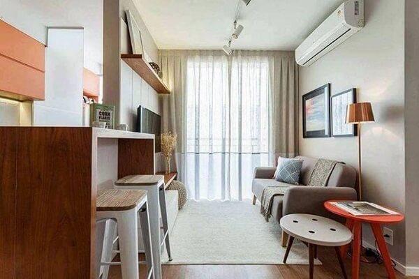 Sala de estar pequena com Spot de trilho