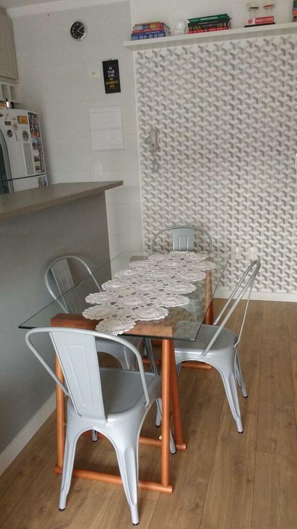 papel de parede geométrico - cozinha com papel de parede geométrico cinza