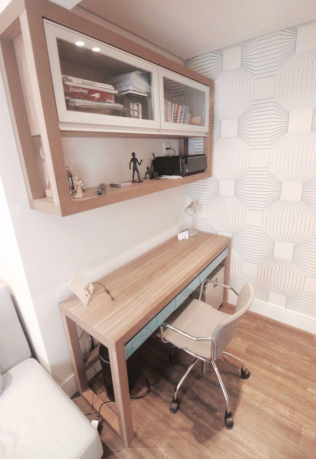 papel de parede geométrico - home office com papel de parede geométrico clean