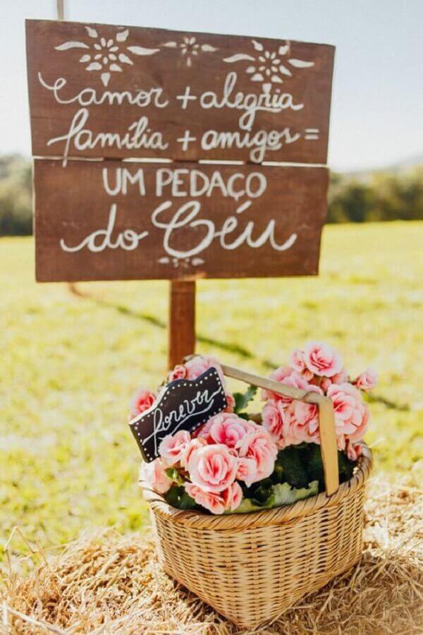 plaquinhas decorativas para festa de casamento no campo  Foto Wedding Ideas Brides