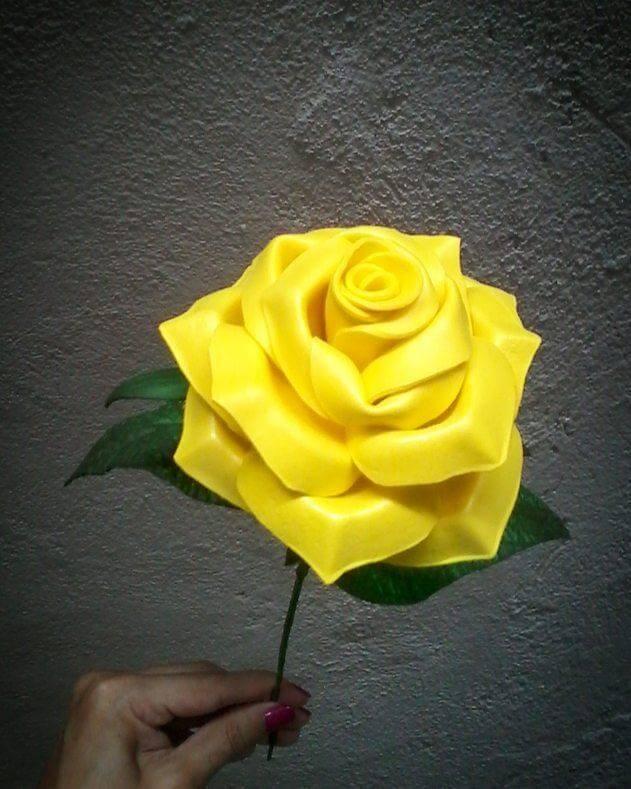 Flores de EVA amarela