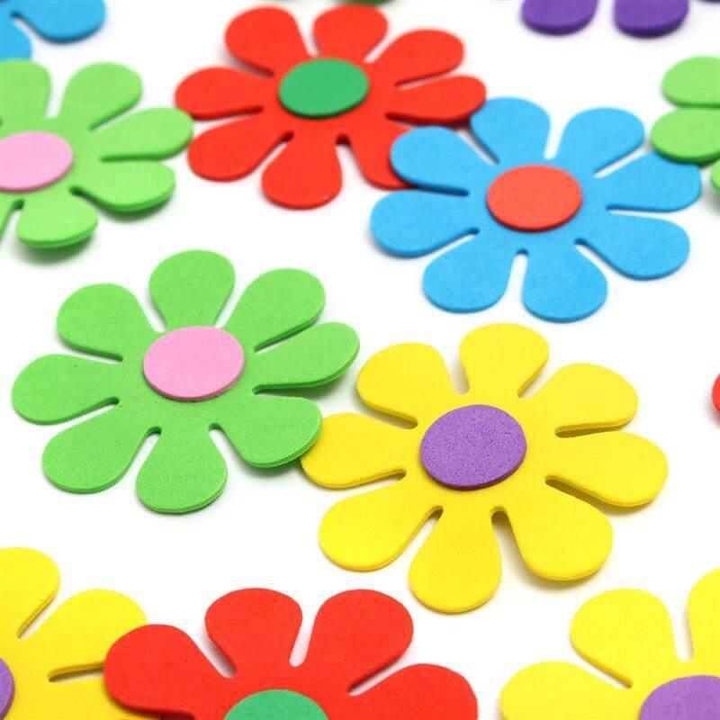 Flores de EVA coloridas e simples