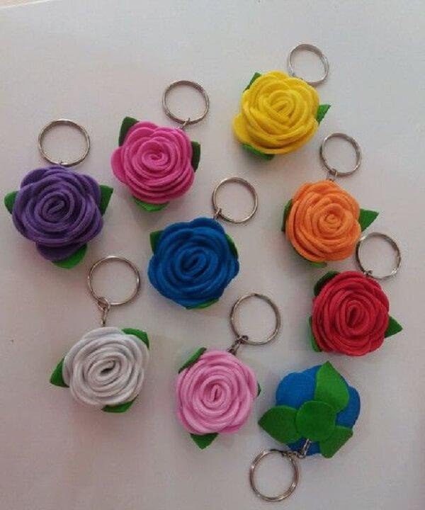 Flores de EVA formam lindos chaveiros