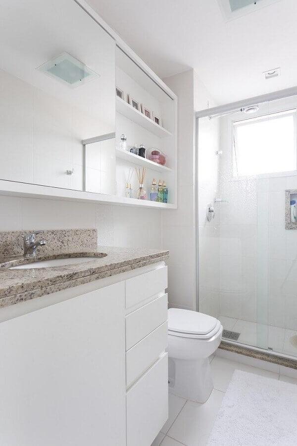 bancada de granito para banheiro branco simples Foto Kali Arquitetura