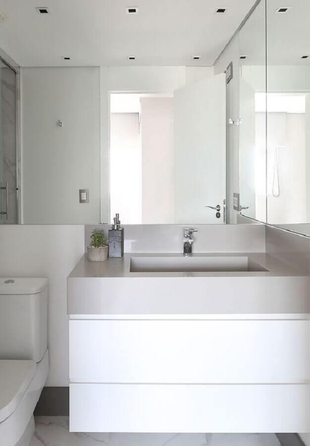 banheiro todo branco planejado Foto Casa de Valentina