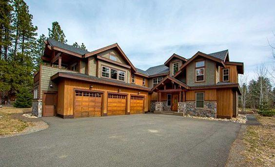 casas de madeira - casa de madeira colorida