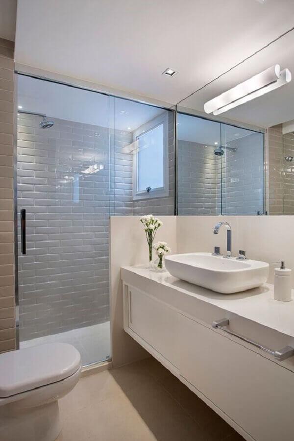 decoração banheiro todo branco planejado Foto Casa de Valentina