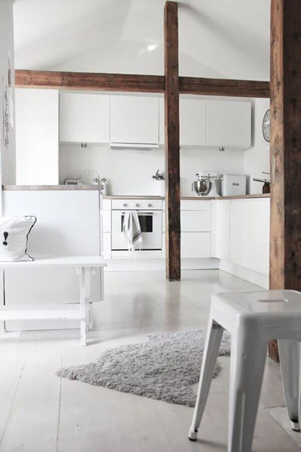 decoração para sala e cozinha conceito aberto toda branca Foto Pinterest