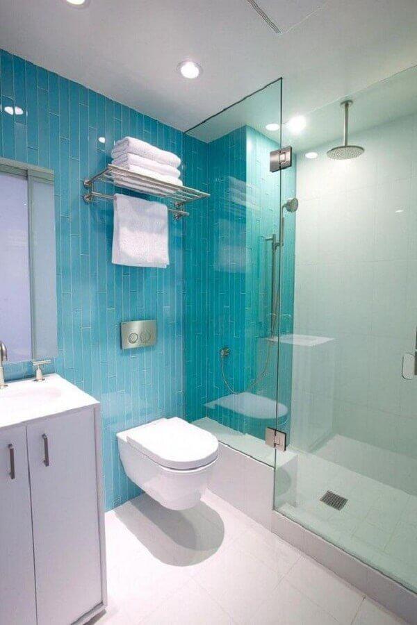 decoração simples para banheiro azul e branco Foto Pinterest