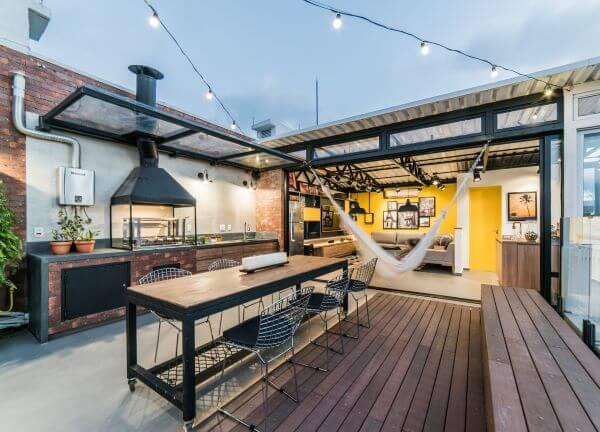 Decoração de terraço com churrasqueira