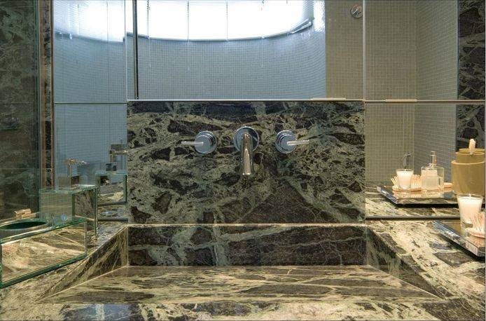 Cuba para banheiro esculpida
