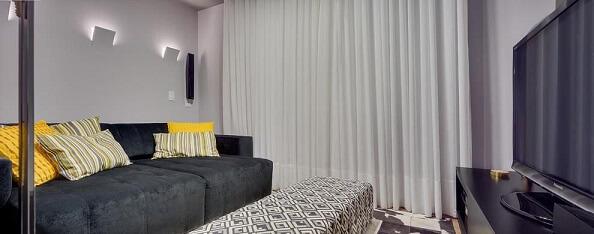 Almofadas decorativas amarelas Projeto de Juliana Lahoz
