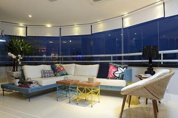 Almofadas decorativas coloridas Projeto de Rodrigo Maia