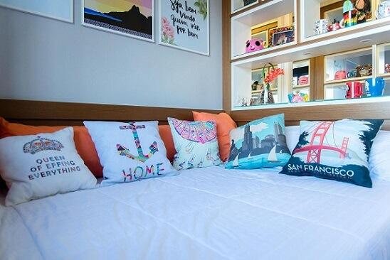 Almofadas decorativas divertidas Projeto de Roberta Menna Barreto