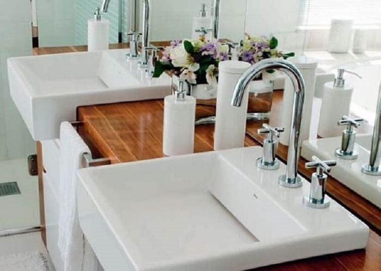 Cuba para banheiro na cor branca semi encaixe