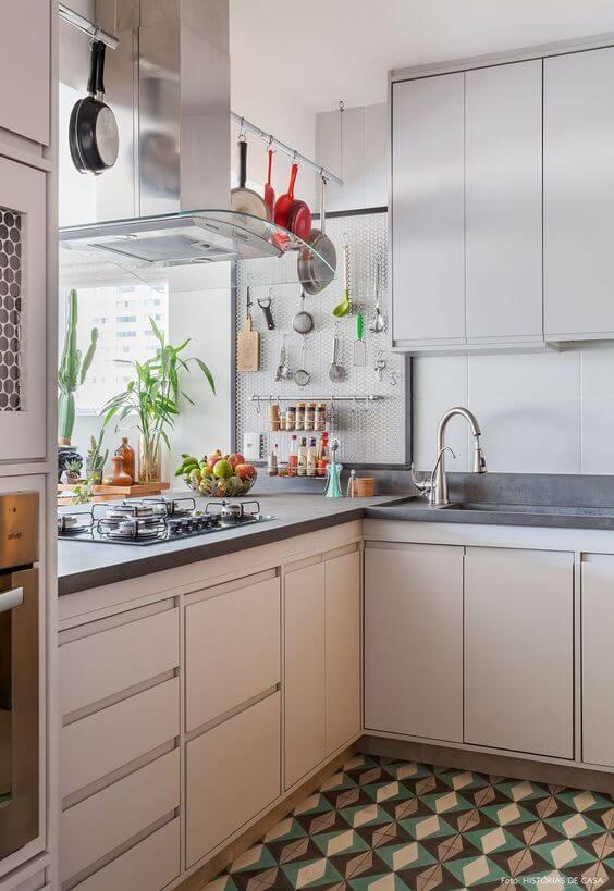 Armário de cozinha de canto branco
