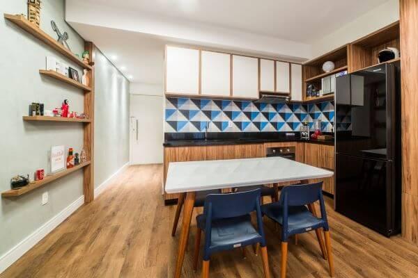 Armário de cozinha em tons de azul