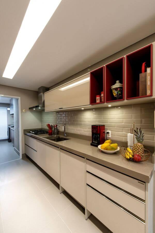 Armário de cozinha neutra