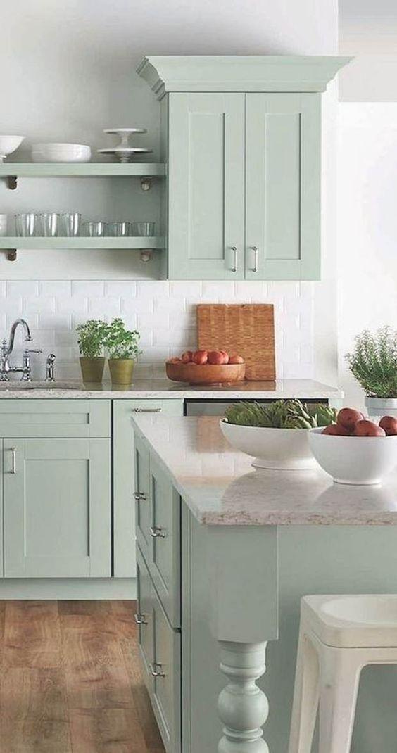 Armário de cozinha planejada em tons de verde
