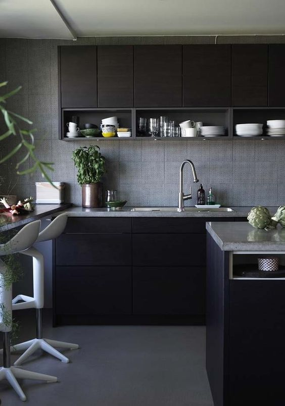 Cozinha preta e moderna