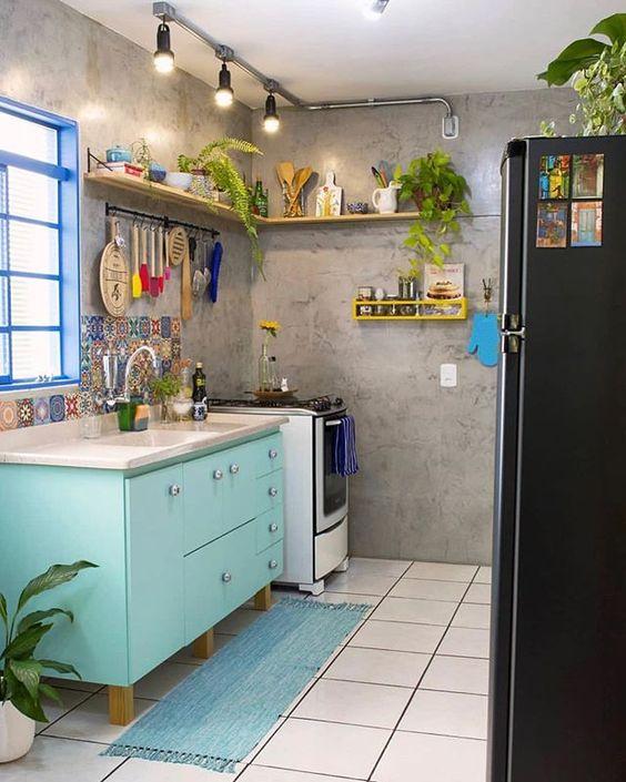 Armário de cozinha de pé na cor azul