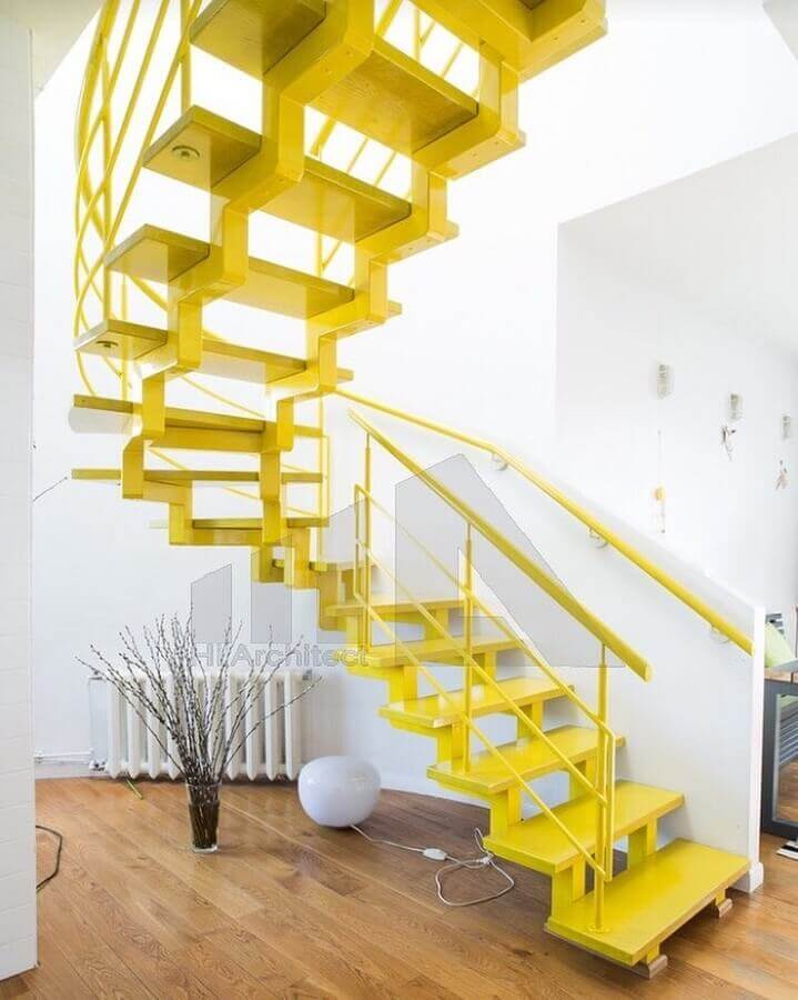 escada amarela  Foto HI Architects